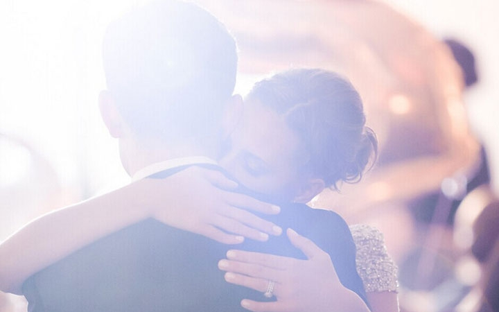 wedding                   海滨婚礼                   let me tell